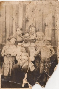 Ewell Mullins family, Harts Creek, Logan County, West Virginia, circa 1928
