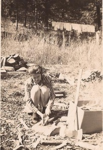 Harts Creek woman, circa 1940s