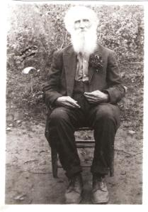"Isaac G. ""Ike"" Gartin, Confederate veteran and resident of Little Harts Creek, West Virginia."
