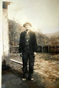 Jeff Baisden, a resident of Trace Fork of Big Harts Creek, Logan County, West Virginia