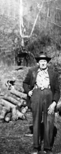 "Jeff Mullins (c.1883-1961), son of Robert ""Bob"" and Almeda (Mullins) Mullins, resident of Harts Creek, Logan County, WV."