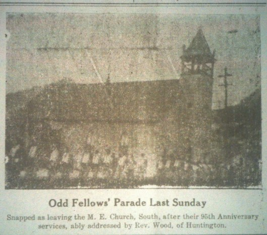Odd Fellows Parade LB 05.01.1914.JPG